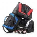 600D polyester sporttas. Drie compartimenten waarvan een groot hoofdcompartiment (25L)