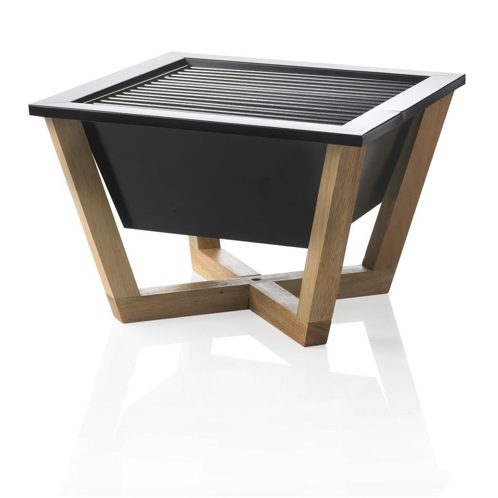 Nido is een carbon stalen barbecue voor de bereiding van uw maaltijd op zwoele zomerdagen. Dankzij de vierkante vorm is er extra gril oppervlak om etenswaren precies volgens uw eigen smaak te garen. Geregistreerd ontwerp®
